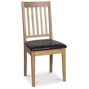 Österlen Simris stol - Ek/svart konstläder