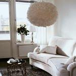 Kundbild S? fint och fr?scht med denna ljusa Howard soffa i detta rum! Din bild Hojta till! ~ ~ ~ #trendrum #interiordesign #interior #livingroom #inredning #furniture #design #scandinaviandesign #home #homeinspo #inspiration #interior123 #picoftheday #potd #beautiful #style #decoration #decor #livingroominspo #sweden #swedish #beige #nature #feathers #inredning #sofa #white #fresh